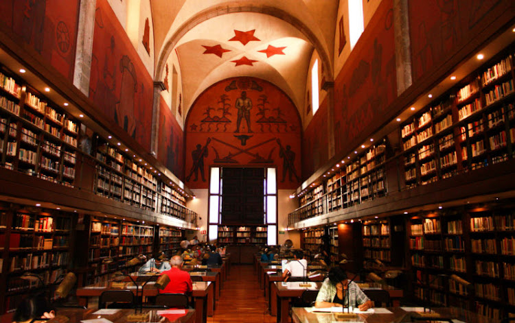 Historia de los Archivos y Bibliotecas