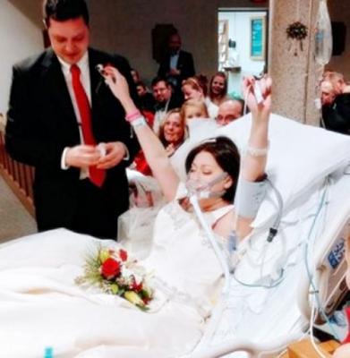 Pasien Kanker Ini Menikah di Rumah Sakit, 18 Jam Sebelum Pergi untuk Selamanya