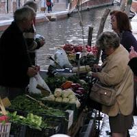 Einkaufen in Venedig, Photo by Gunther H.G. Geick