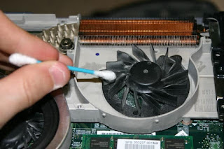 Clean Your Laptop Inside Out