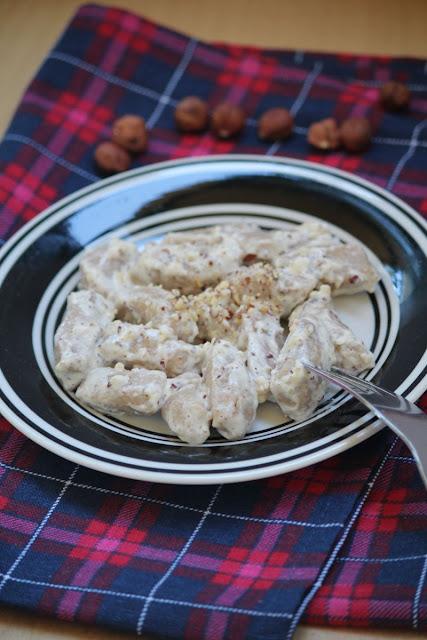 Gnocchi z masłem orzechowym w sosie z mascarpone