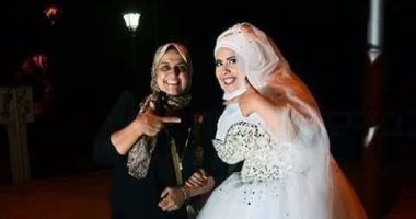 صور عروس السنجل: مصرية تقيم لنفسها حفل زفاف دون عريس فى الإسماعيلية