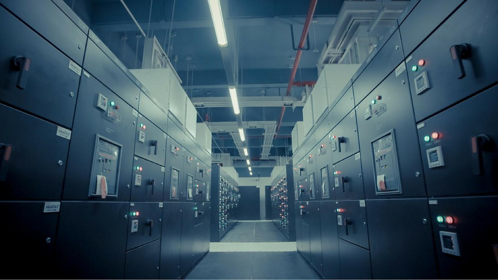 Tecnología de la información (TI) y centros de datos
