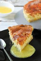 Tarta de queso con naranja y salsa de mango
