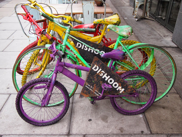 Dishoom, Old Bicycles