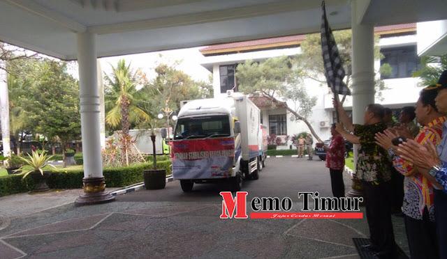 Buntaran melepas kendaraan untuk operasi pasar