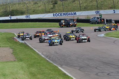 Start of the race after the first hairpin - the pack was close