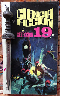 Portada del libro Ciencia ficción selección 19, de varios autores