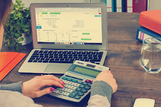 Haz cuentas antes de contratar un crédito rápido