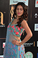 Amyra Dastur in Flower Print Choli Transparent Chunni at IIFA Utsavam Awards003.JPG