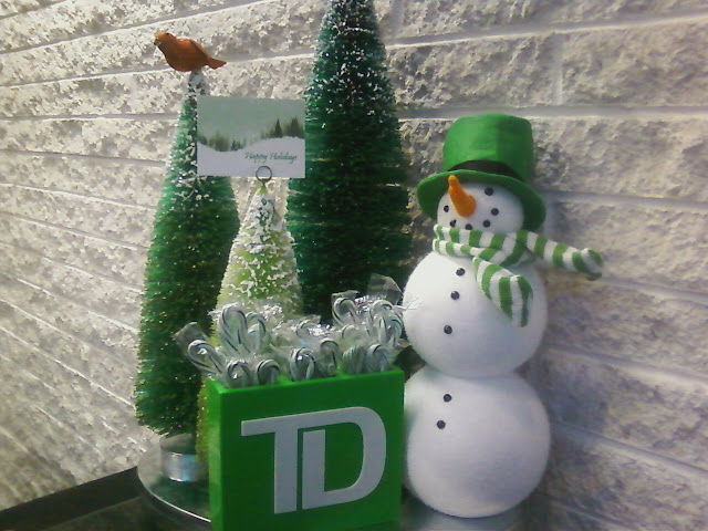 Td Bank Christmas Eve Hours.My Daily Phone Pic Day 41 O Completed Christmas Tree O