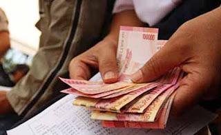 4 Cara Menghemat Uang Gaji Kecil
