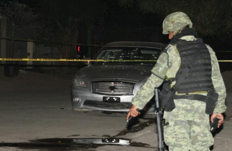Reportan tiroteo en Paseo Alameda; en el sitio hallan auto baleado,  reportan heridos