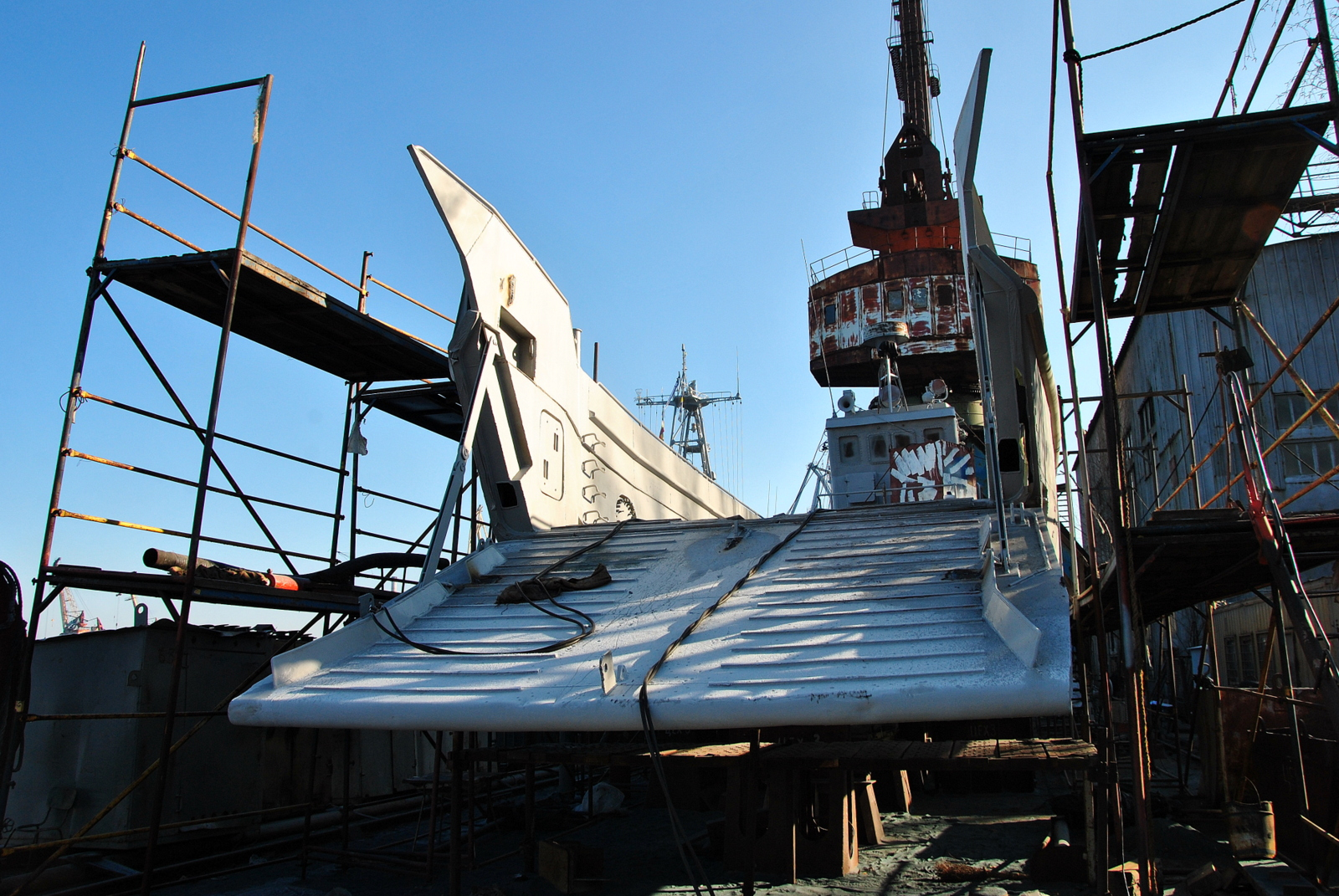 МСЗ завершує капремонт десантного катеру Сватове