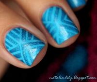 http://natalia-lily.blogspot.com/2014/11/born-pretty-store-blue-holo-polish-8.html