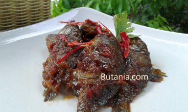 Baby Fish Semur. Yuk baca resepnya di butania.com !