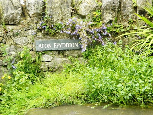Dyserth Waterfall, Afon Ffyddoin, River Ffyddoin,