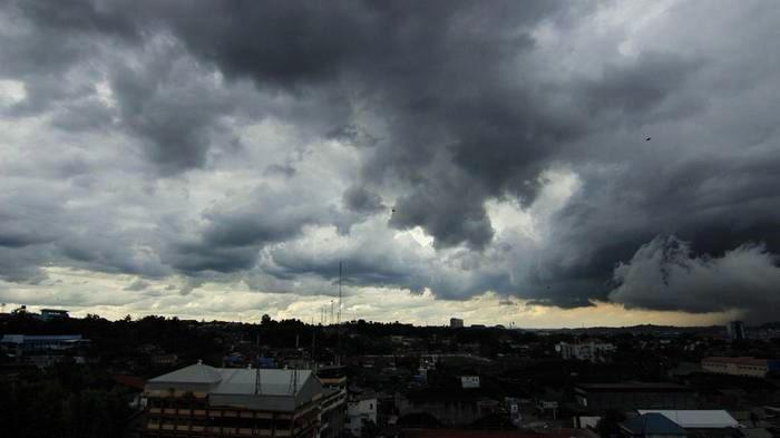 Ini Penyebab Mendung Membuat Langit Tampak Gelap