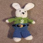 http://dippycatcrochet.blogspot.com.es/2016/05/child-bunny.html