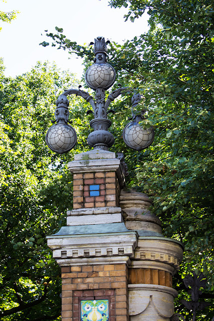 Ограда Михайловского парка - ворота