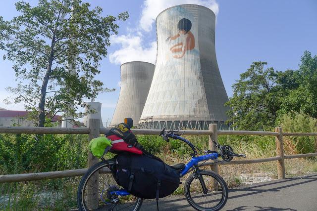 De Paris à Narbonne en vélo, nucléaire