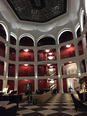 Hall d'entrée de l'hôtel Regina, Biarritz