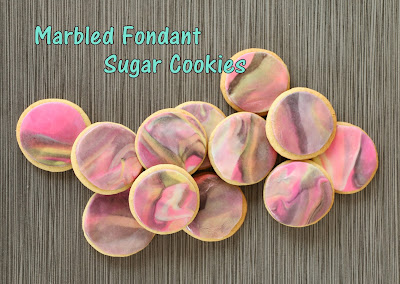 http://kailochic.blogspot.com/2015/04/marbled-fondant-sugar-cookies.html
