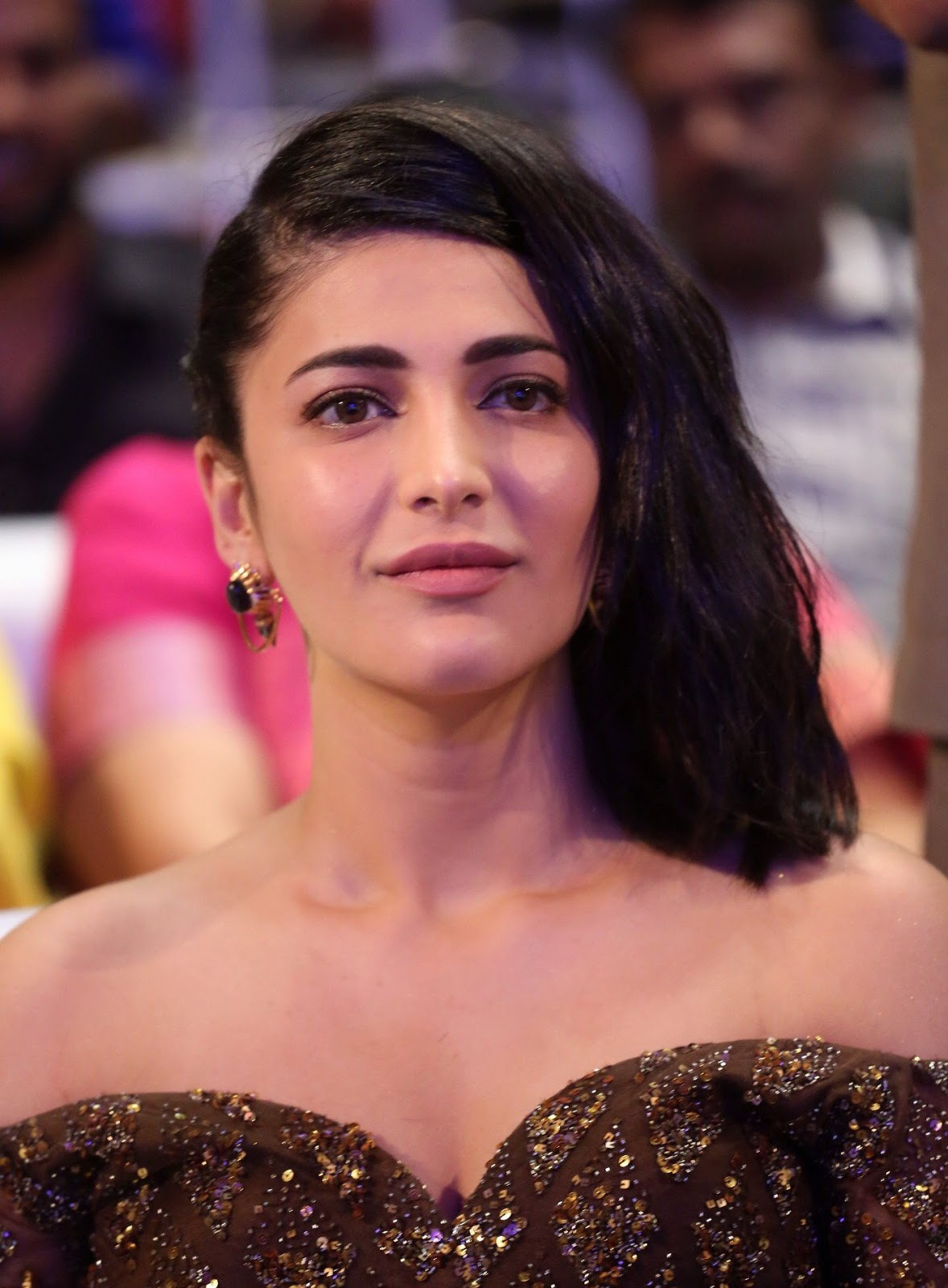 High Quality Bollywood Celebrity Pictures Shruti Haasan -7712