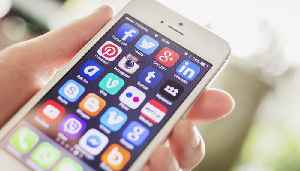 社群新秀Tumblr活躍用戶數成長居首,Pinterest、Instagram緊接在後