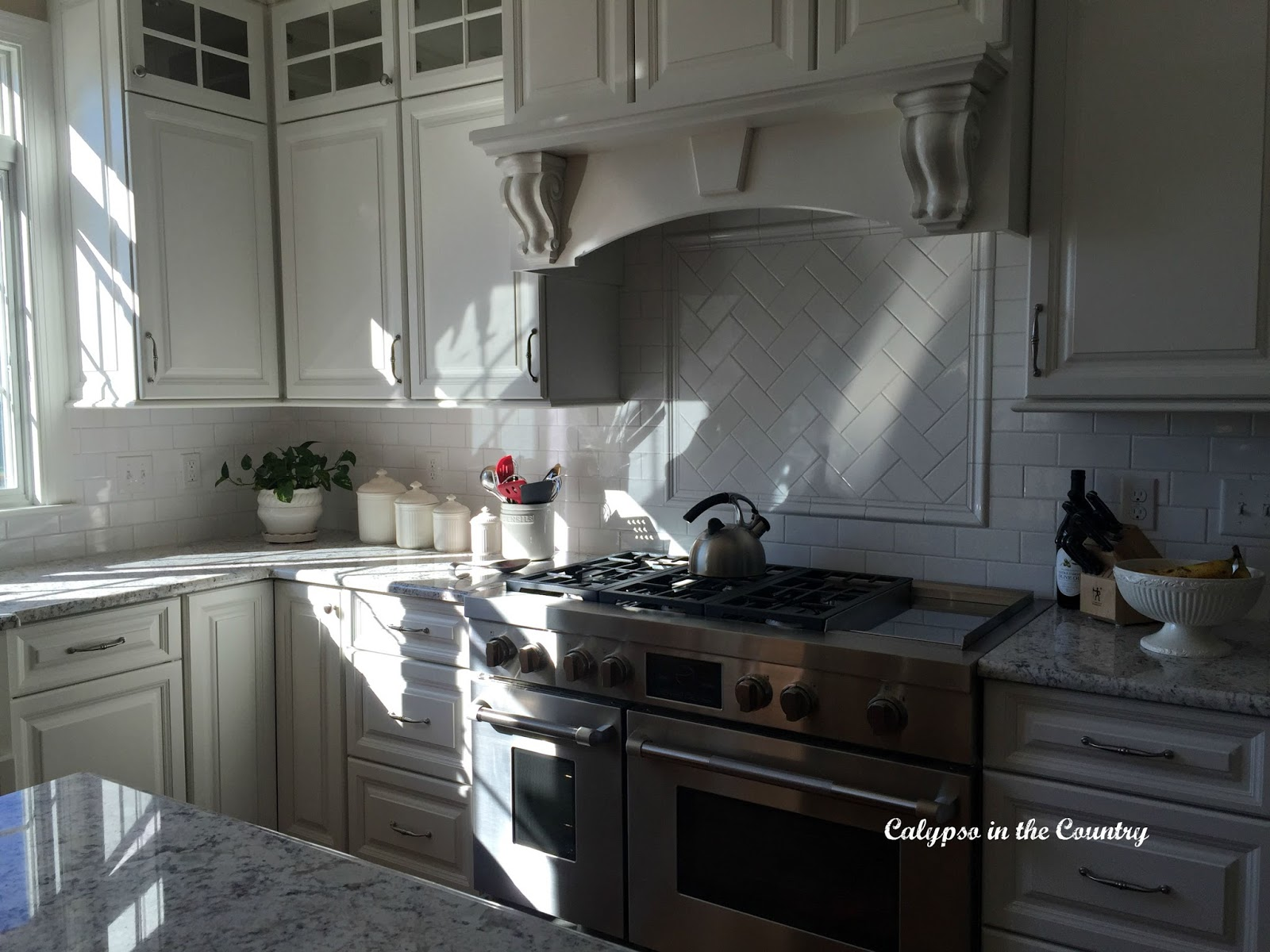 Jenn Air Range and New White Kitchen Reveal