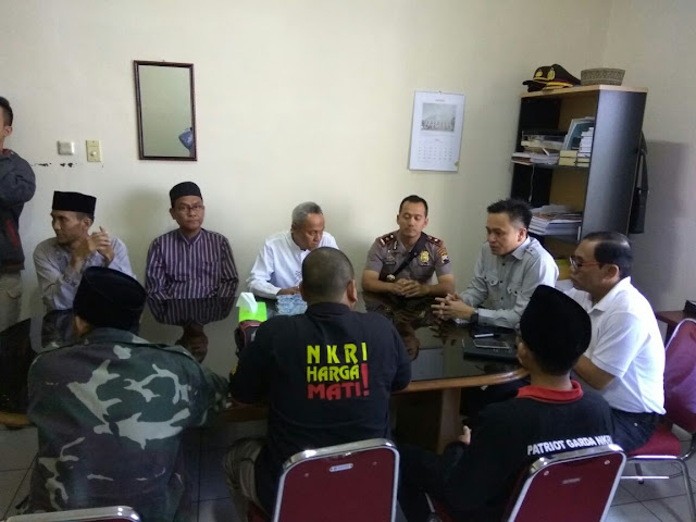 Mediasi Penolakan Ustadz Anti Pancasila Felix Y. Siauw di Kapolrestabes Semarang, Jum'at, (07/07/17)