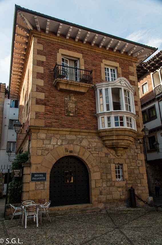 Hotel Palacete en Hondarribia. Cenar y dormir en Hondarribia