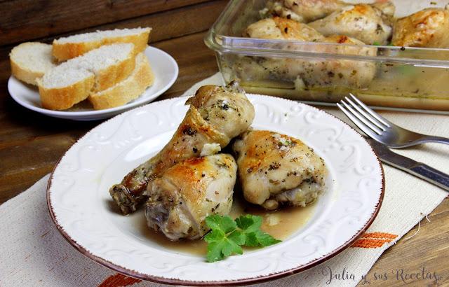 Jamoncitos de pollo al ajillo al microondas. Julia y sus recetas