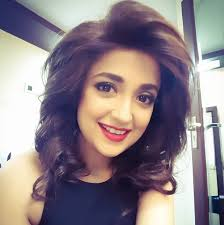 Monali Thakur , Biography, Profile, Age, Biodata, Family, Husband, Son, Daughter, Father, Mother, Children, Marriage Photos.