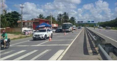 DER  de Alagoas orienta condutores sobre uso do farol baixo nas rodovias