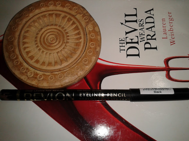 Revlon Eyeliner Pencil in Black #11 - Review!