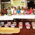 Exposición de artesanías con yeso y conservas en Halachó