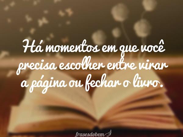 Um momento, por favor...