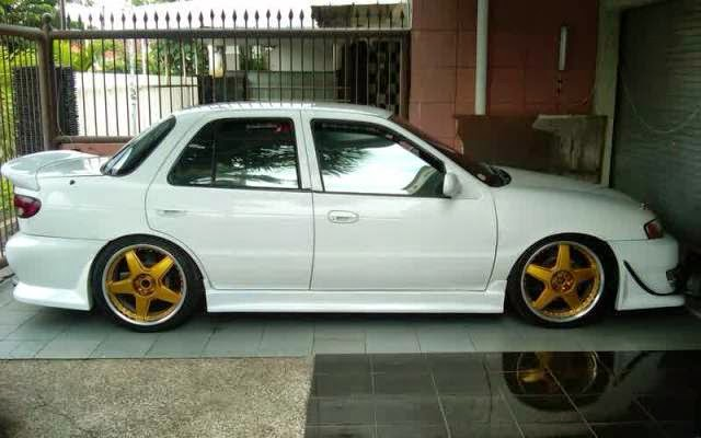 Modifikasi Mobil Timor White