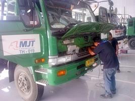 pemasangan gps tracking di truk