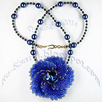 "Beaded pendant ""Flower «Galaxy»""  Herringbone (Ndebele) beading Ндебеле бисероплетение Кулон с риволи 18mm"