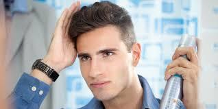 Cara Mudah Merawat Rambut Pria di Rumah