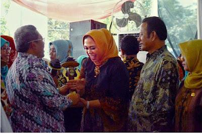 Kabupaten Karawang Kembali Mendapatkan Penghargaan Menuju Kabupaten Layak Anak Tingkat Provinsi Jawa Barat
