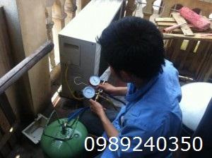 Sửa chữa nạp gas điều hòa HITACHI tại Hà Nội
