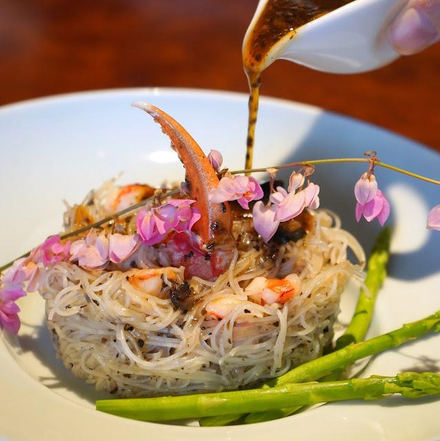 Mimi_Chinese_Restaurant>Riverhouse_Clarke_Quay