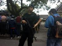 BREAKING NEWS Penemuan Bom di Gereja Stasi Santo Yosep, Ratusan Jemaat Dievakuasi