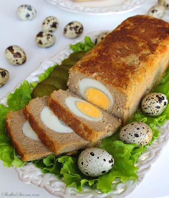 Domowy Pasztet Wielkanocny z Jajkiem (Wieprzowo-Wołowy) - Przepis - Słodka Strona