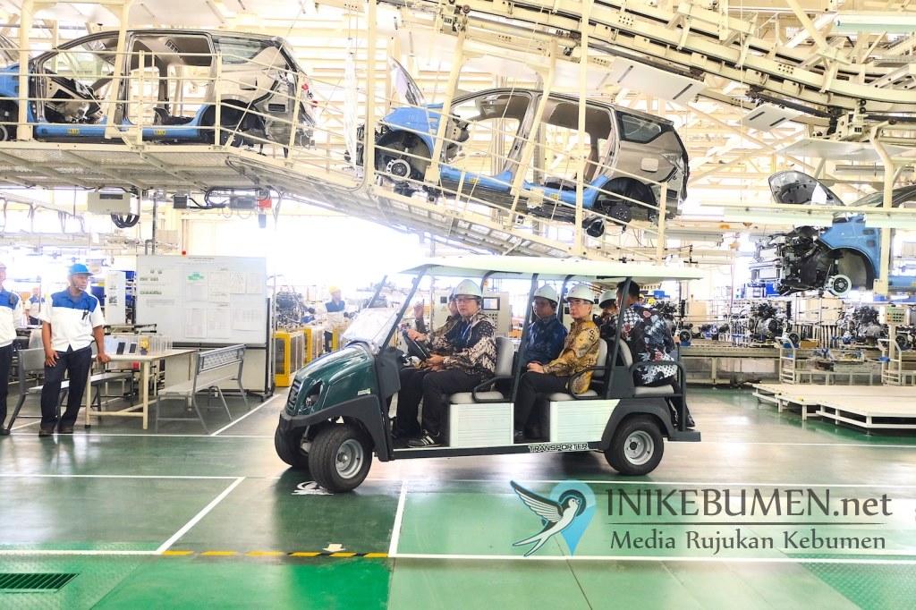 Dari Indonesia untuk Dunia, All New Ertiga dan NEX II Mulai Sasar Pasar Global