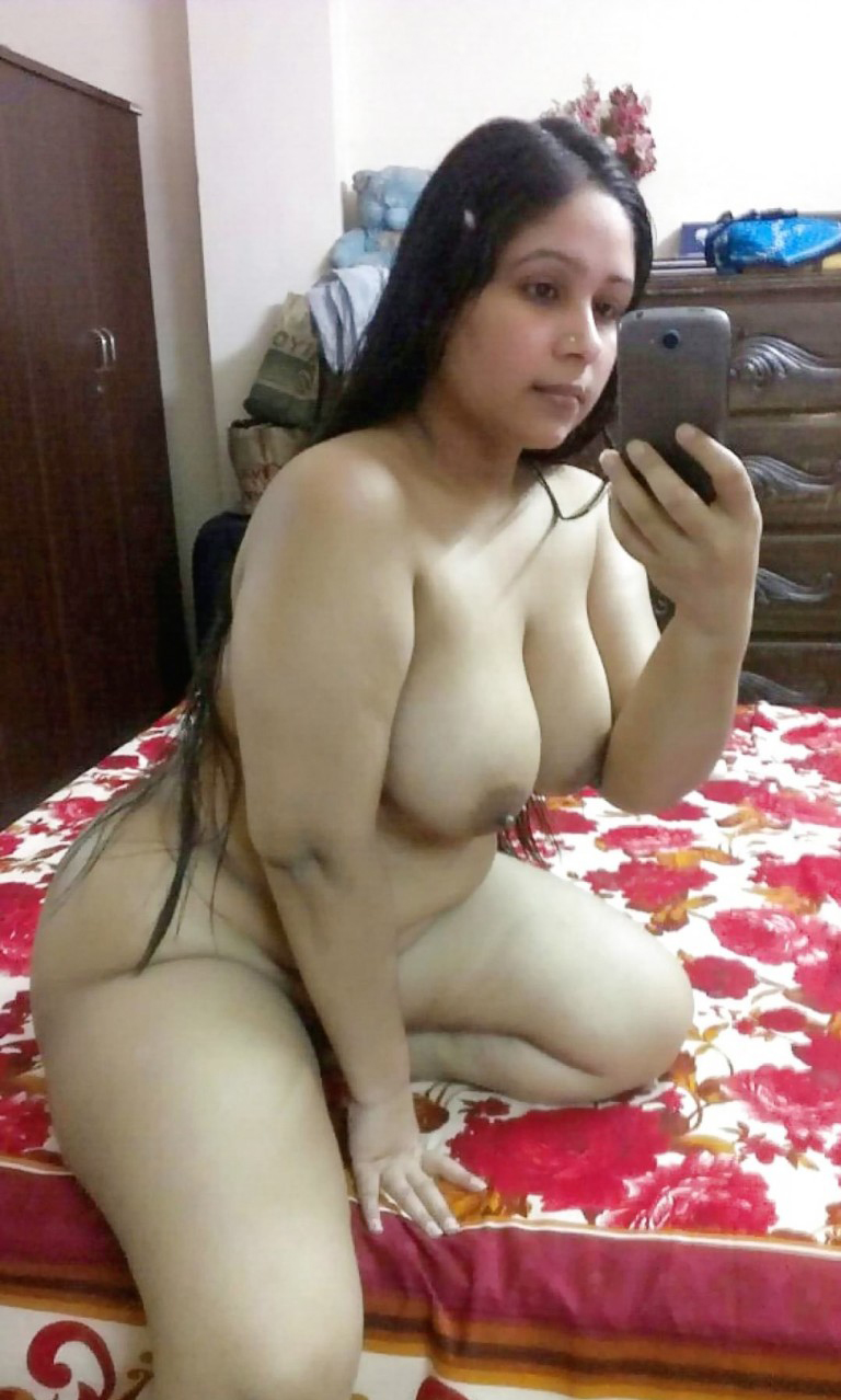 Guys Now Its Selfie Time Beautiful Indian Chubby Girl -3453