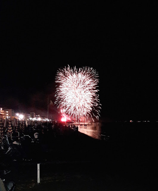 Fuochi d'artificio a Igea Marina a ferragosto